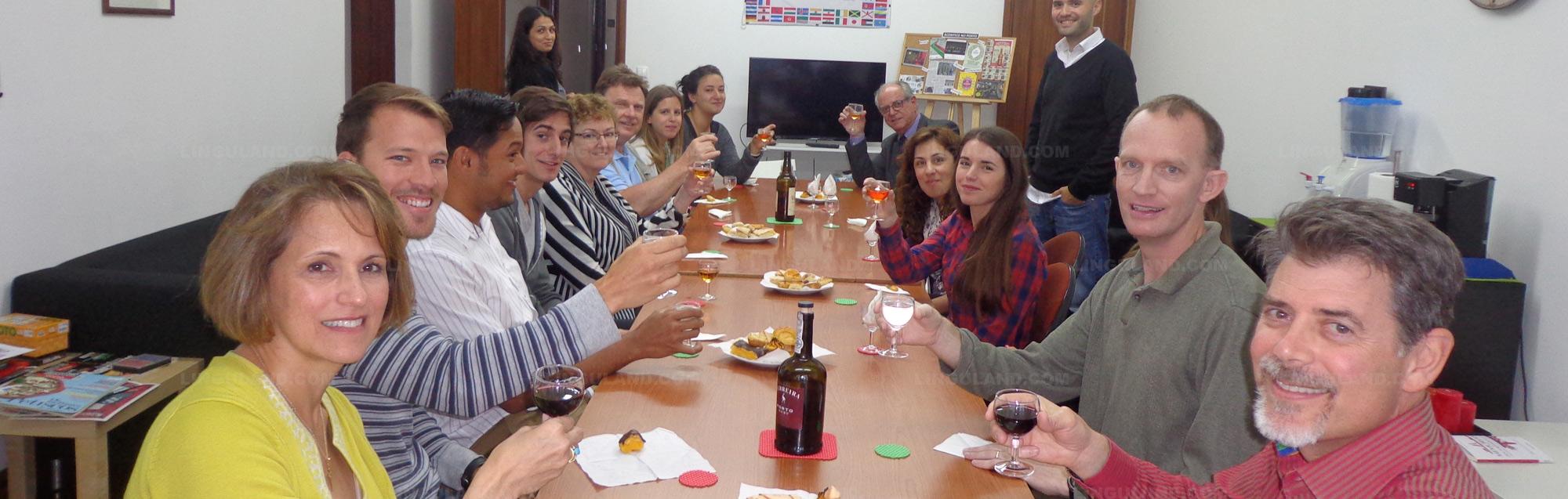 Academias de idiomas para personas mayores de 50 años